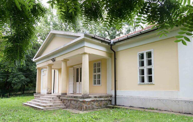 Lívia-villa