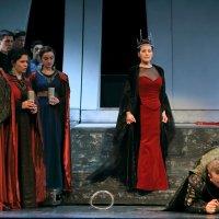 Opera és háború